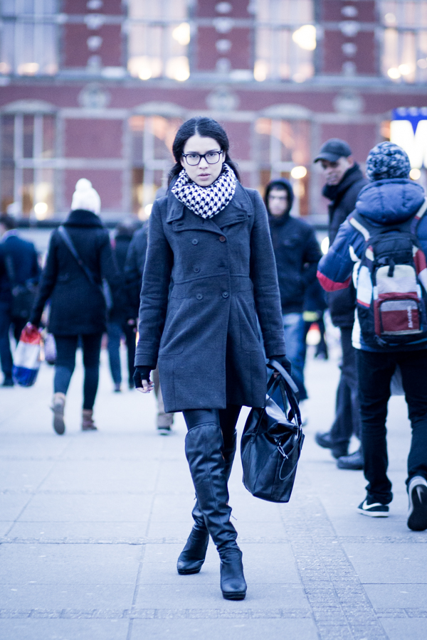 there's a catwalk street style woman amsterdam | ©THE VIEWFINDER