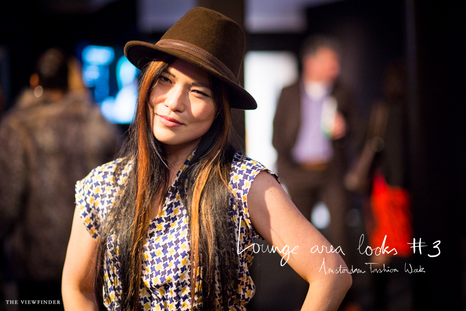 MBFW STREET STYLE: Lounge area look banner amsterdam | ©THE VIEWFINDER