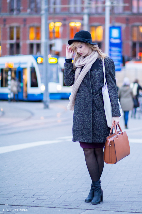female chic street style amsterdam fashion | ©THE VIEWFINDER