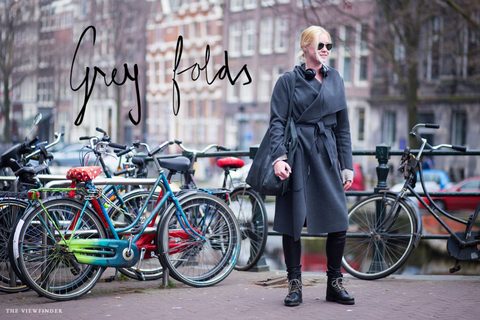 grey street style women amsterdam THE-VIEWFINDER-9230