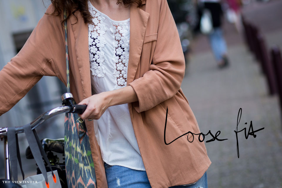 loose fit women street style amsterdam | THE-VIEWFINDER-0337title