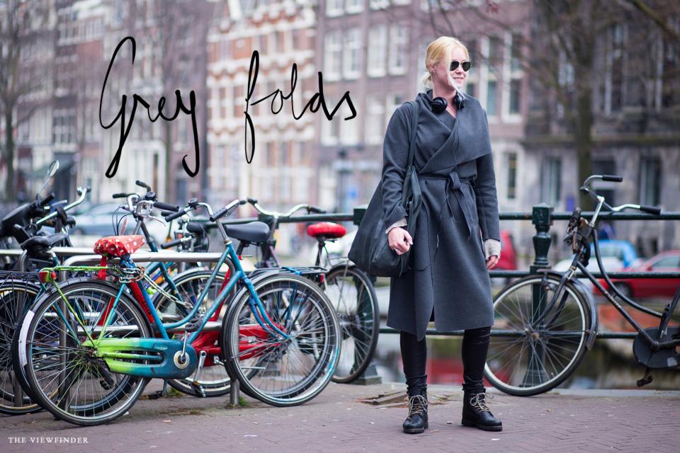 grey street style women amsterdam THE-VIEWFINDER-9230