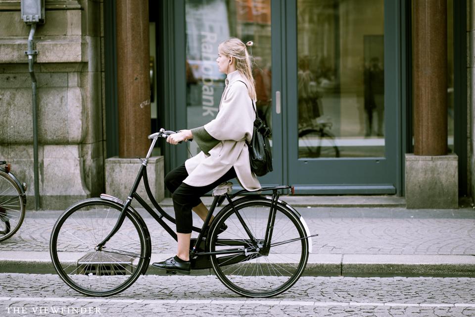 beige coat women | THE VIEWFINDER-4459